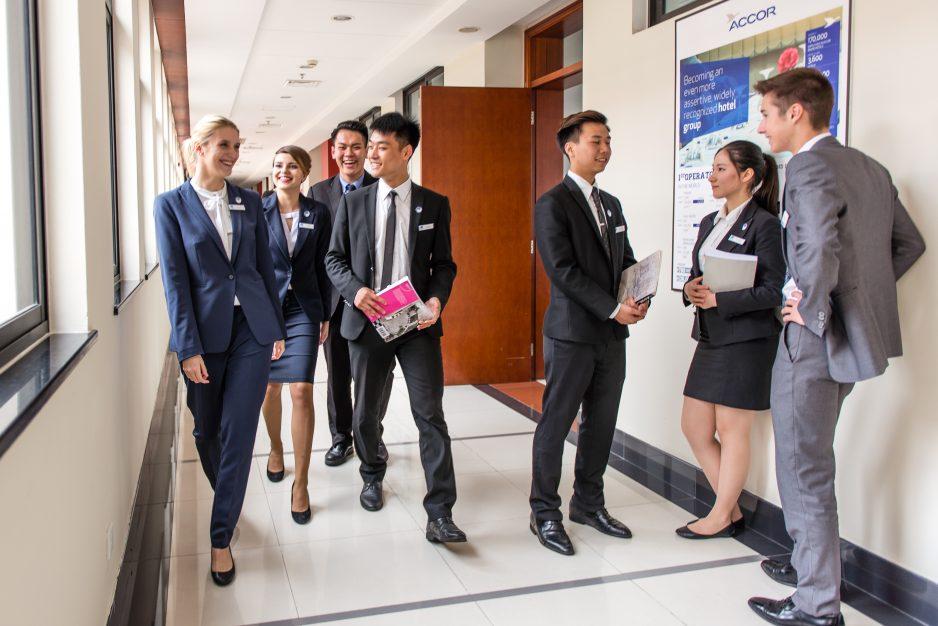 LRJJ facilities Hotel Management