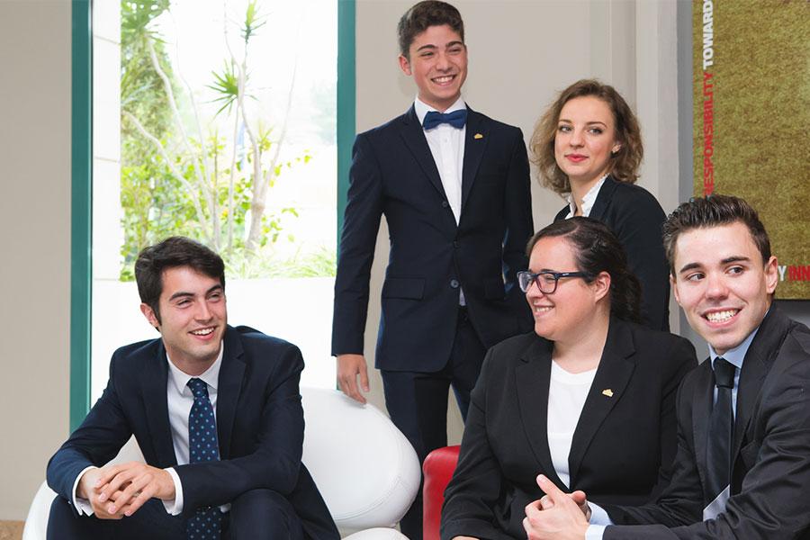 Estudiantes del Posgrado en Dirección Hotelera Internacional