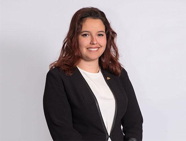 Julia Sanz Testimonial